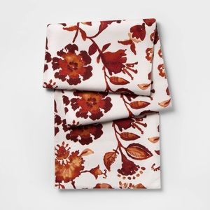 THRESHOLD NWT warm watercolor floral table runner